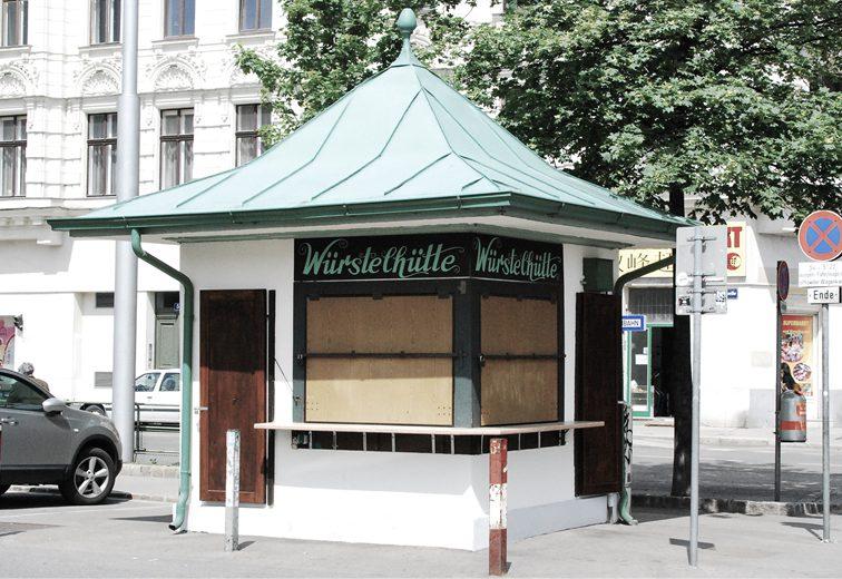 Würstelhütte gegenüber Linke Wienzeile 48-52, 1060 Wien. (Bild: wikimedia.org)